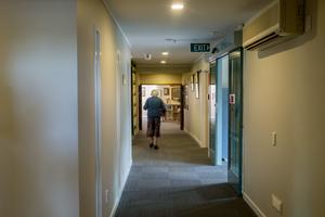 Sugen på att renovera ett gammalt ålderdomshem? Foto: Holmberg / TT