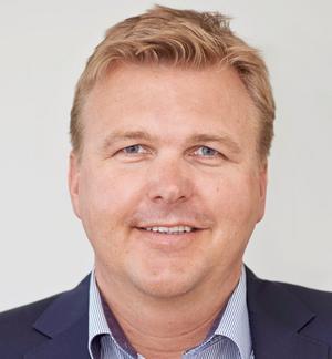 Mikael Källgren, affärsområdeschef för förnybar energi på SCA, är nöjd med att kunna bidra med mer grön el producerad på företagets mark. Bild: Per-Anders Sjöquist, SCA.