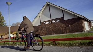 Örebro moské hänvisar alla frågor  om samröre med extrema religiösa till Säpo.