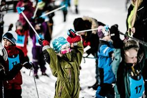 Klara, färdiga..! Adrian Sahlin, i mitten, står och väntar på starten tillsammans med Oskar Mårtensson Olsson t.h. och Rickard Danielsson t.v. Foto: Sandra Lee Pettersson