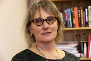 Marita Lindsmyr, nuvarande socialchef i Ovanåker, säger att situationen var ansträngd 2015 på grund av flyktingvågen.