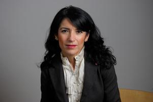 På måndag kväll kommer den omstridde V-riksdagspolitikern Amineh Kakabaveh till Smedjebacken. Foto: Henrik Montgomery/Scanpix