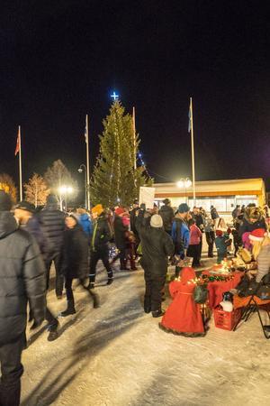 Många besökte torget i Sveg.