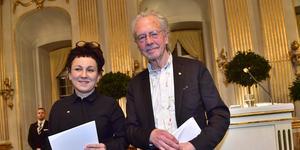 Litteraturpristagarna Olga Tokarczuk och Peter Handke efter sina Nobelföreläsningar på Börshuset i Stockholm.Foto: Jonas Ekströmer / TT