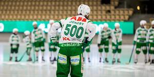 Magnus Joneby hyllades med tröja 500.