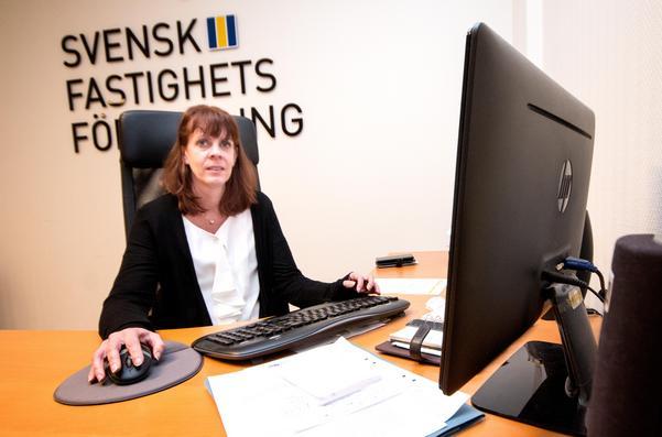 Maria Martinsson, mäklare på Svensk fastighetsförmedling i Fagersta. Bostadsmarknaden har mattats något under hösten.