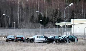 Parkeringen vid Viskananstalten har på senare tid blivit samlingsplats för mindre trafiksäkra fordon.
