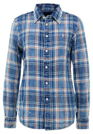 1. Skjorta från Polo Ralph Lauren, 1199 kronor på Nya Thulins.