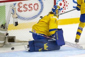 Sara Grahn kunde inte göra något åt Ayaka Tokos slagskott som betydde 2-3. Bild: Tomi Hänninen/Newspix24 (Bildbyrån)