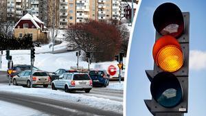 Att trafikljusen vid norra infarten till Örnsköldsvik inte fungerar är ett stort mysterium skriver signaturen Insändare. Skatter och en starkt trafikerad väg borde vara skäl nog menar personen.Bild: Robbin Norgren & Maria Edstrand