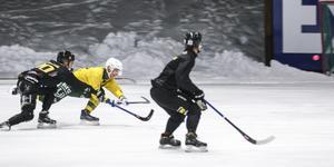 Edwin Nilsson sätter dit 3–1 till Ljusdal.