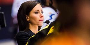 Camilla Enström berättar om det intensiva pendlandet mellan Sverige och Winnipeg. Bild: Simon Hastegård/Bildbyrån