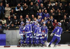 Det är alltid drag i Sparbanken Lidköping Arena – särskilt när hemmalaget har flyt.