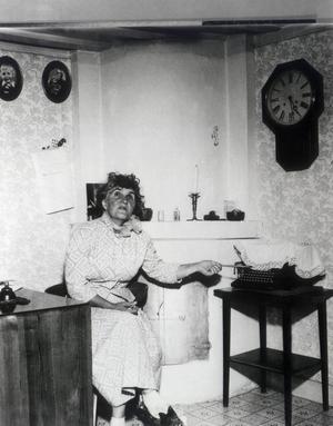Moa Martinsson, författare hemma i Sorunda. Code: 190   COPYRIGHT PESSENS BILD AB