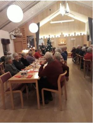 Kyrkoherde Kenneth Lindmark höll en finstämd julberättelse.