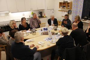 Ett möte i Ramsjö i vintras om samordning av kommunal service. Nu försvinner skolbarnomsorgen (fritids) från byn.