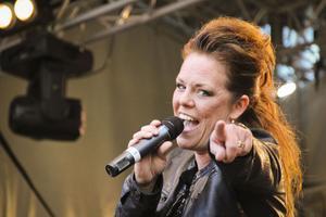 Erika Stolt från Hudiksvall är vidare till Gävleborgs länsfinal i Svensktoppen nästa.
