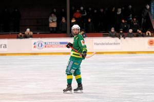 Skutskärs Johanna Pettersson gjorde fyra mål i matchen.