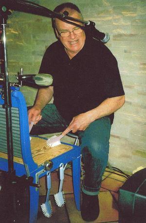 Peter Browall spelade på sin elektriska stol...