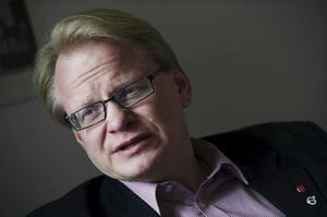 Försvarsminister Peter Hultqvist konstaterar att Trump skapat oro kring säkerhetssamarbetet i världen.