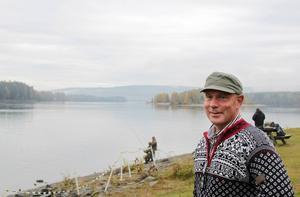 Olle Graneheim ordnar med mässa och marknad i Bergeforsen under flugfiskets dag och lovar en dag med massor med aktiviteter.