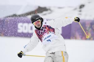 Emma Dahlström, en av Sveriges bästa freerideåkare, ser stark ut inför säsongen.