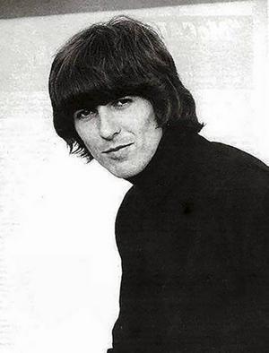 George Harrison i snarlik frilla som Rune Lindström som Mats Ersson.