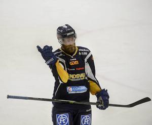 Nu pekar det uppåt för Sundsvall och Johan Svedberg.