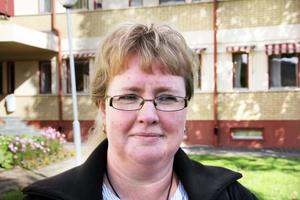 Kommunals Anna Savolainen företräder medarbetare från kost och städ samt elevassistenter på grundskolorna
