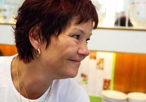 Kicki Modig har anmält intresse för att driva restaurangen och puben på Stenö camping under sommaren då hon stänger Rådhuskonditoriet.