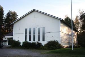 Den gamla missionskyrkan i Valbo bedöms passa bra eftersom det redan är utformad som en samlingslokal. Bara smärre anpassningar krävs innan barnen kan flytta in.