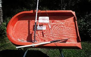 Att leka med livräddningsbåtar betraktas som egenmäktigt förfarande och kan ge böter eller fängelse.FOTO: ANNIKA BJÖRNDOTTER