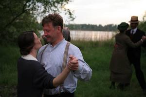 Golden Globe-nominerade. Maria Heiskanen och Mikael Persbrandt i Jan Troells