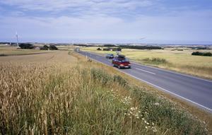 Många tar bilen på semestern i sommar.