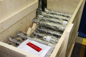 En av produkterna. Supergripbultar som ska skickas till kund.