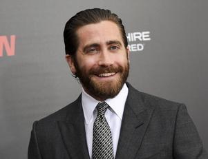 Skådespelaren och producenten Jake Gyllenhaal ska göra en tv-serie.
