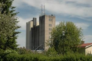 OVÄNTAD HJÄLP. Växthuseffekten gör att spannmålsodlingen kan gynnas längre norrut i Sverige. Det är en av orsakerna till att Tierpssilon kan öppnas på nytt enligt Lantmännen.