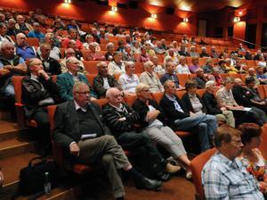 Kritiken mot planerna på en vindkraftspark i Vansbro var väldigt påtaglig i Teatern på onsdagskvällen.