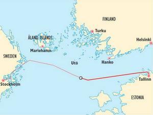 Estonias rutt mellan Tallinn och Stockholm samt haveriplatsen.