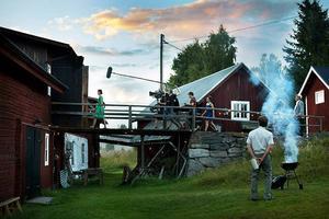 Kameraåkning från den första scenen ur Isabelle Kågströms debutfilm