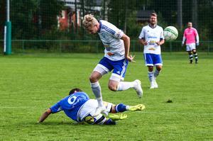 Tidigare Gefle IF och Sandvikens IF-spelare Joel Stillmark kvitterade på straff för Iggesunds.