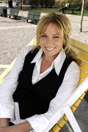 """Anne Lundberg gör i sommar egna pratshowen """"Sommarkväll med Anne Lundberg""""."""