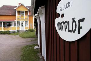 Galleri Nordlöf öppnar på söndag den 26 juni. Det är tredje sommaren galleriet är öppet.