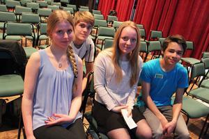 Emilia Barkman Jonsson, Jonathan Thorén, Julia Ulestig och David Souza är några av de som fick ställa frågor till Samantha Cristoforetti.