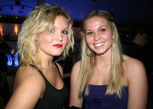 Blue Moon Bar. Ellinor och Sara