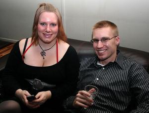 Blue Moon Bar. Lisa och Daniel