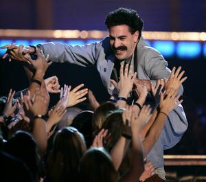 Borat Sagdiyev häcklade Donald Trump hos Jimmy Kimmel.