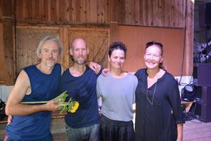 Dansarna Peter Lagergren och Conny Jansson var lika nöjda som koreografen Anna Källblad och konstnären Helena Byström.