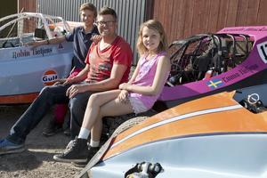 Robin, Fredrik och Emma Tietjens är alla tre crosskartförare.