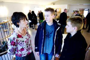 Marie Centerwall har denna vecka visat Jakob Malm Hjus och Felix Linck de förtroendevaldas vardag.